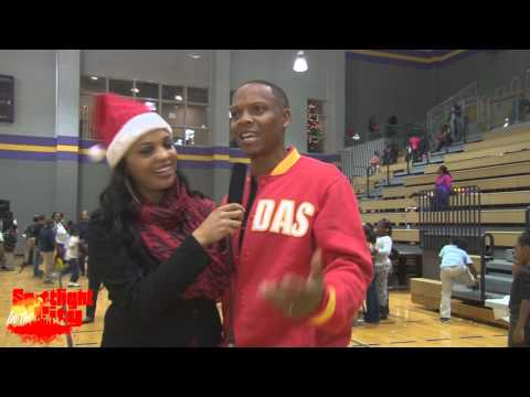 Ronnie Devoe, Eddie Drummond, Mayor Kasim Reed Celbs Give Back Toy Drive on Spotlight in the City