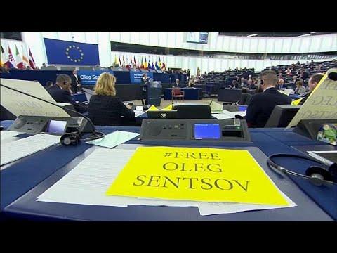 البرلمان الأوروبي يكرّم المخرج الأوكراني سينتزوف المسجون في روسيا بمنحه جائزة -سخاروف-…  - 07:53-2018 / 12 / 13