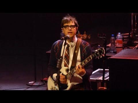 Weezer - Pork And Beans [Live at 013, Tilburg - 21-10-2017]