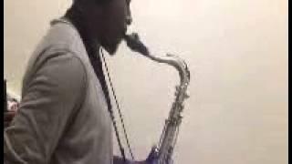 "Alain Oyono; Hommage a Papa MANU ""Papa Groove"" Remix"