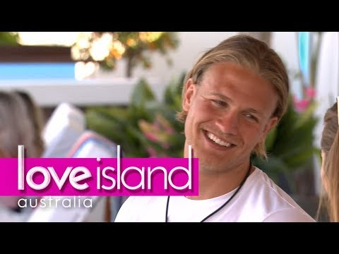 Jaxon is smitten by Shelby | Love Island Australia 2018
