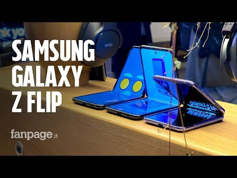 Abbiamo provato (e piegato) il Samsung Galaxy Z Flip