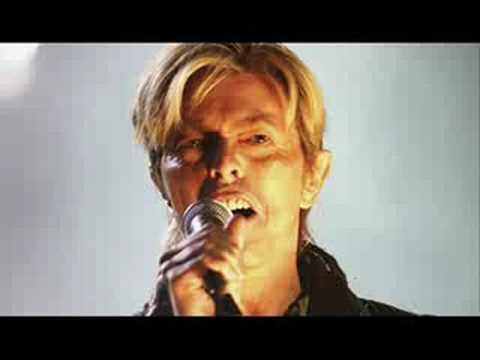 David Bowie- Always Crashing In The Same Car (Live 2004)