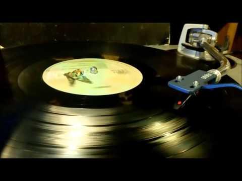 """Queen """"March Of The Black Queen"""" from Queen II Vinyl"""