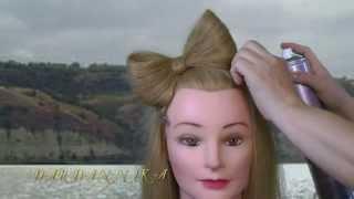 бант с волос видео