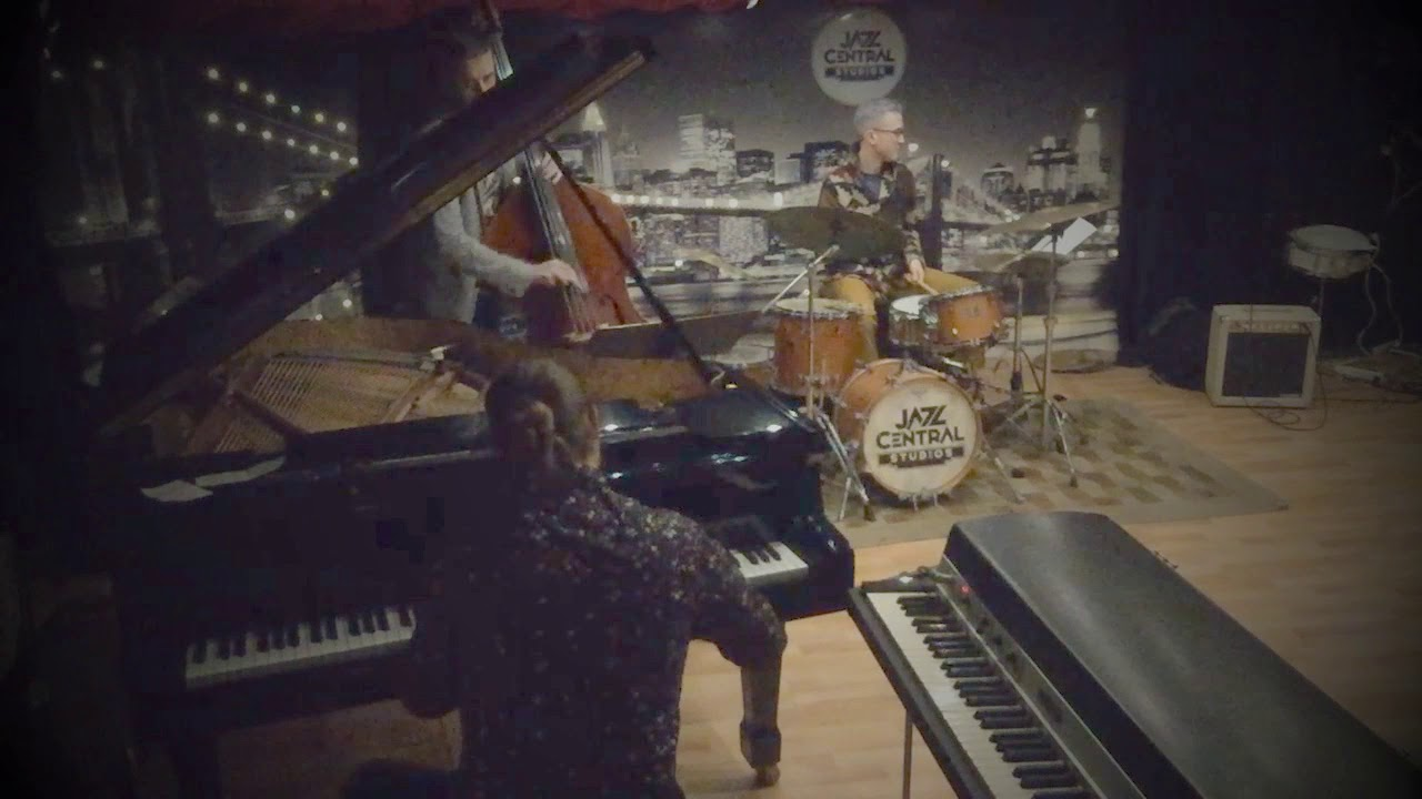 Javier Santiago -Alive (w/ Pete James Johnson and Ted Olsen) @Jazz Central Studios (Minneapolis, MN)