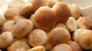 Selbstgemachtes Brot in 3 Minuten mit nur drei Zutaten und ohne Mehl