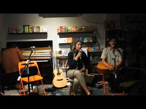 Download Sampai Jadi Debu - Ananda Badudu & Senar Senja ft Raras Ocvi Mp4 baru