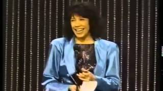 Lily Tomlin wins 1986 Tony Award for Best Actress in a Play
