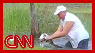 Florida man saves puppy from alligator
