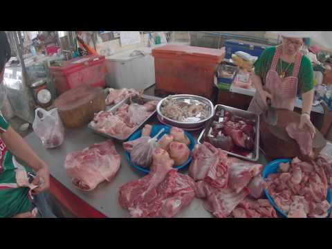 cosa vendono nei mercati thailandesi? *graphic*