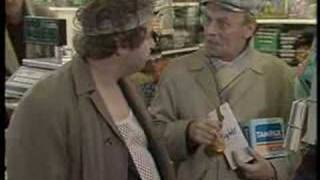 "Rab C Nesbitt: ""Work"" - Series 1 Episode 1 (Part 3/3)"