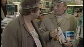 "Rab C Nesbitt: ""Work"" - Series 1 Episode 1 (Part 3/3)"