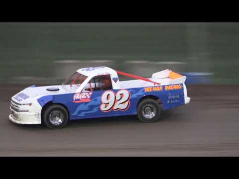 Pro Truck Heat Race at Crystal Motor Speedway, Michigan on 09-01-2019!