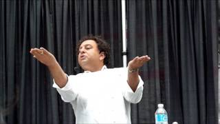 1 Vikram Vij Cooks Chicken Curry At Eat Vancouver 2014