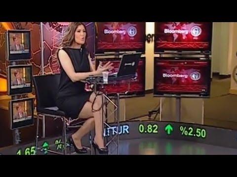İpek Kaplan Beautiful Turkish Tv Presenter 23.10.2012