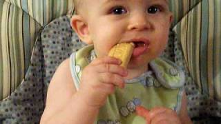 Baby Jameson Loves Earth's Best Teething Biscuits
