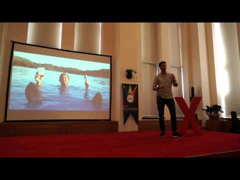 Why the travel bug will change your life | Mark van der Heijden | TEDxKoçUniversity