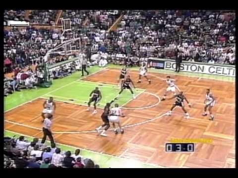 Larry Bird 1992: 49pts, Triple-Double vs. Clyde Drexler 41pts