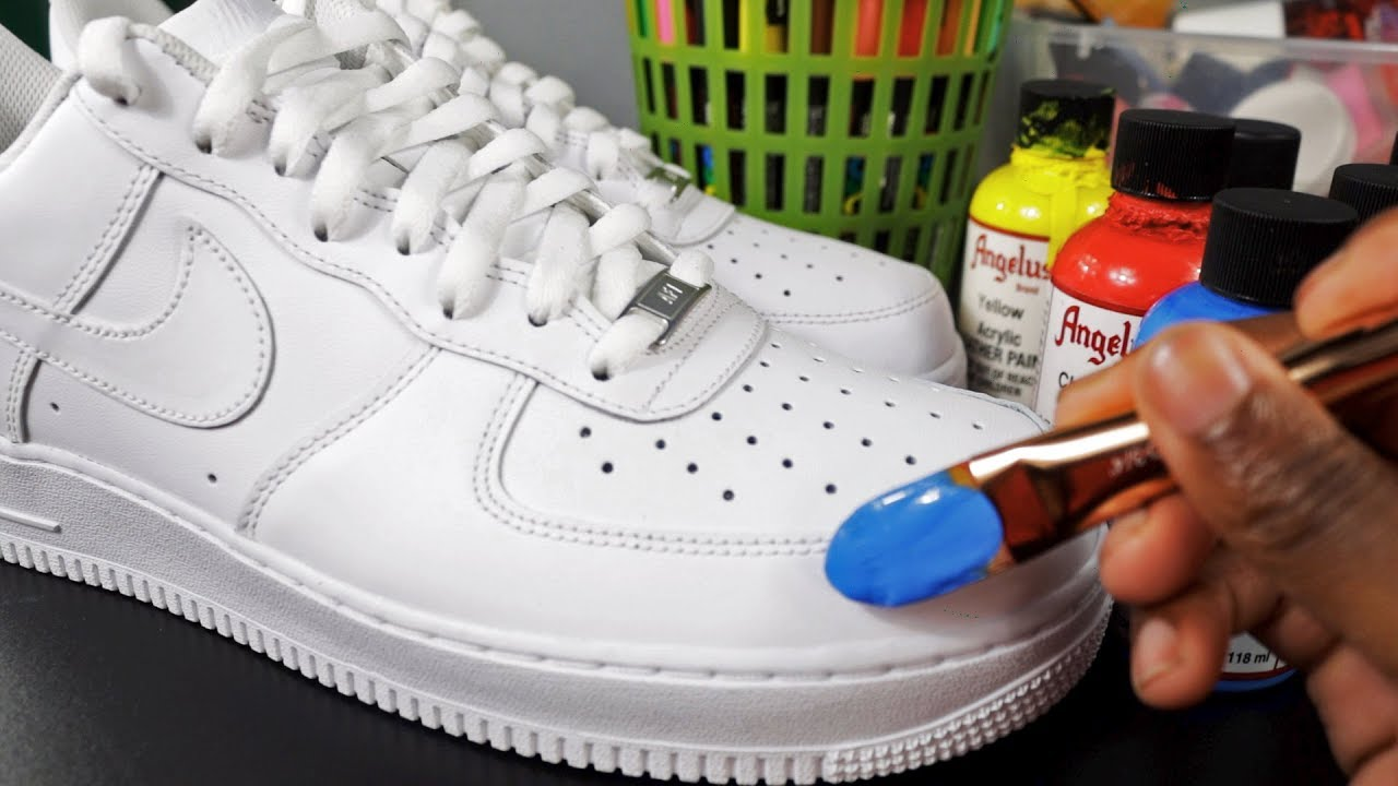 How To Customize Shoes! 🎨👟(SIMPLE
