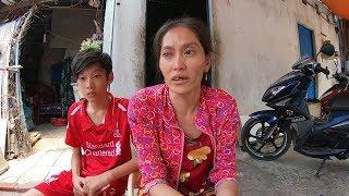 3 mẹ con nghèo sơ xác nghẹn ngào rơi nước mắt nhận món quà từ mạnh thường quân