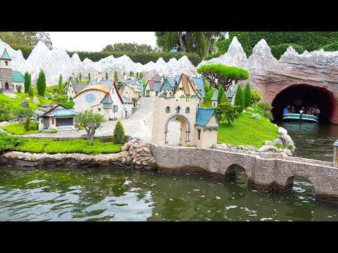[4K] Storybook Land Canal Boats : 2014 POV - Disneyland Resort, California