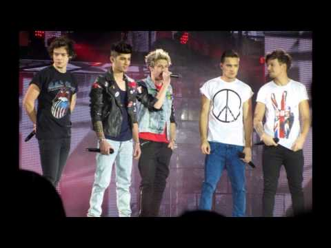 One Direction - Teenage Dirtbag (Cover) (Lyrics + Pictures)