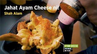 Ayam cheese The Golok Cafe, jahat boh rasa dia! Antara nikmat makanan yang wajib cuba sendiri. Barang murah, sedap dan lepas makan mesti menjilat jari.