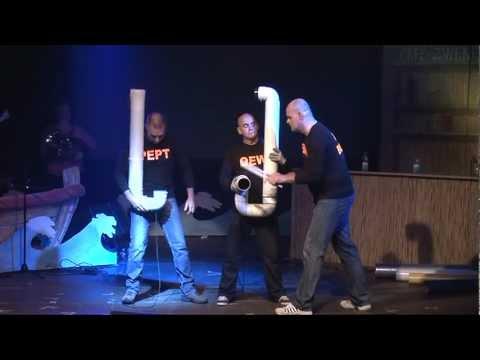 Drumbone act Blue Man Group door Pretband de Klepzijkers tijdens VarieTeteringen 2011