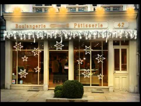 D cor de vitrine de boulangerie festilight youtube for Decoration vitrine noel exterieur