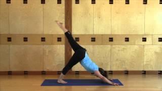 Flowing Yoga I 30 Minutes with Lena Schmidt
