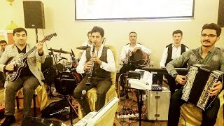 Download Video Nazli & Qalib Aslan & Totu Klarnet & Serkar Shemkirli Cirpinirdin qara deniz EKO nun toyu BERDE MP3 3GP MP4
