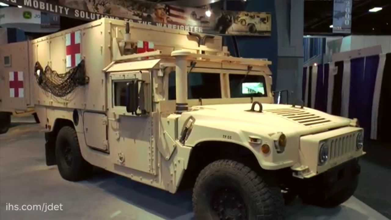 Ausa 2015 am general on their new m1100 series hmmwv advanced life support ambulance youtube