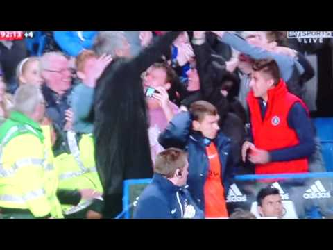 Jose Mourinho Climbs In To Crowd At Stamford Bridge To Find His Son 27/10/13