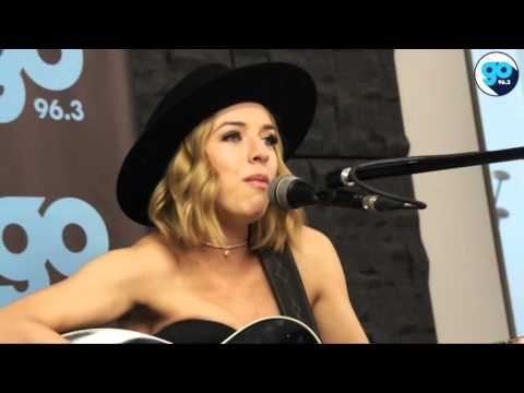 ZZ Ward Interview and Performance