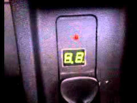 Датчик давления масла в Приоре с цифровой индикацией.