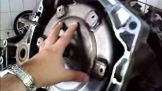 Vídeo mostrando a retirada do cambio automático dos Mareas 2.4 para retirar vazamentos.