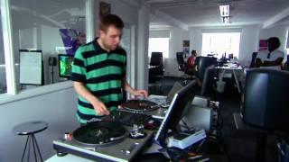 DJ Hero 2 - Behind The Music