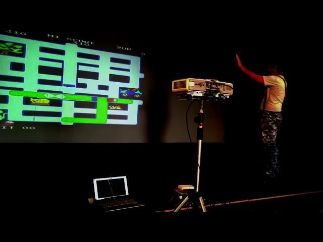 Giocare con il Pandora's Box usando il Kinect