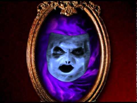 mirror-mirror-on-the-wall-halloween-haunted-housr-haunted-mirror---thehorrordome.com