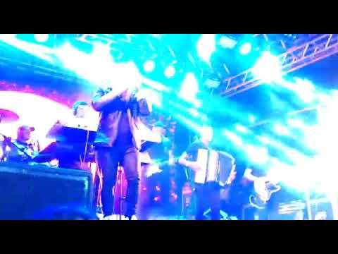 Cavaleiros do Forró ao vivo em Feira Nova