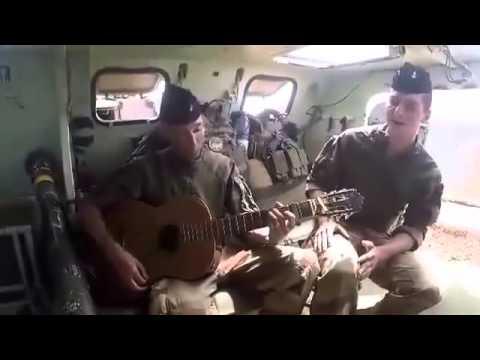 L'émouvante chanson d'un soldat français au Mali