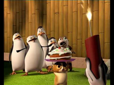 Buon Natale Madagascar.I Pinguini Di Madagascar Compleanno Di Re Julien Su Nickelodeon
