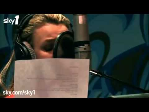 Britney Spears recording the music WOMANIZER (Live Vocals ...
