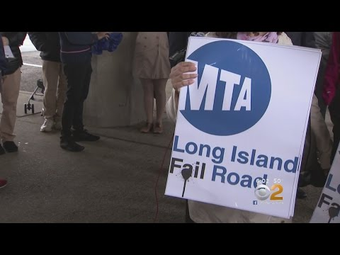 LIRR Riders Rally In Rockville Centre