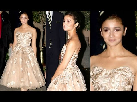 Alia Bhatt Hot At Royal Gala Dinner