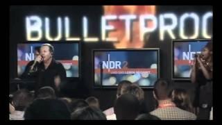 "Jim Kerr -""Bulletproof Heart"" Live Hamburg NDR Electroset Showcase."