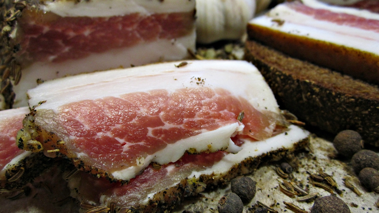 Как правильно засолить сало — лучшие домашние рецепты