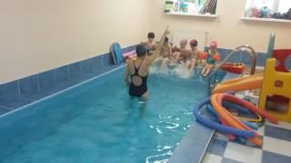 Обучение плаванию, младшая группа 18.05.2016 г.