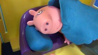 Мама Свинка ЗАБОЛЕЛА ❤️ Пеппа Свинка и Джордж Свин готовят еду Маме Свинке